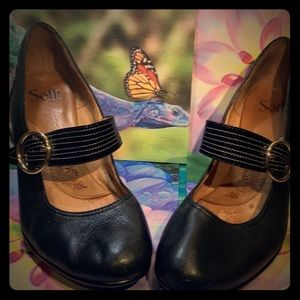 Sofft Florence Black Leather Mary Jane Heels